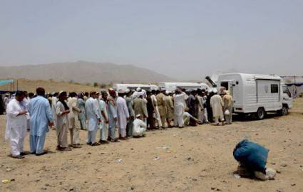 Esodo civili in Waziristan- Pakistan (Getty images)