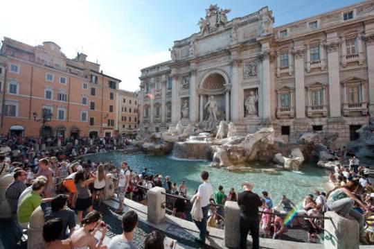 Fontana di Trevi a Roma (ANDREAS SOLARO/AFP/Getty Images)