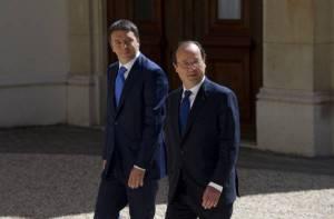 Presidente del consiglio Matteo Renzi e il presidente francese François Hollande all'Eliseo (Getty images)