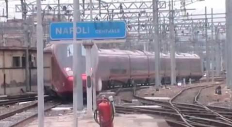 Binari stazione centrale Napoli (screen shot youtube)