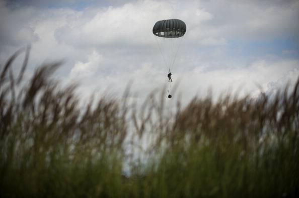 Polonia. Tragedia per un gruppo di paracadutisti