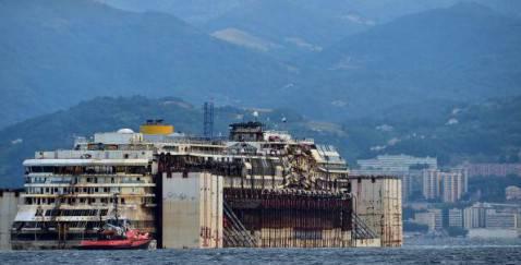 Costa Concordia a Genova (getty images)