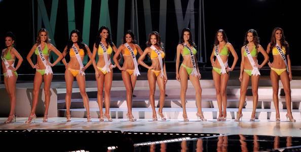"""Miss Italia. Vi arriva diretta """"miss coraggio"""" Rosaria Aprea"""