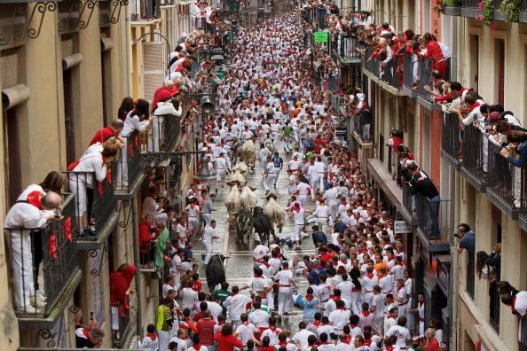 Pamplona Corsa Di San Firmino Al Via Tra Feriti E