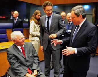 Ministro tedesco Wolfgang Schauble,  Presidente dell'Eurogruppo Jeroen Dijsselbloem, and European e il presidente della Bce Mario Draghi (Getty images)