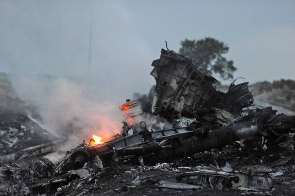 The Guardian e la Bbc: i separatisti russi stanno occultando le prove sul disastro della Malaysia airlines