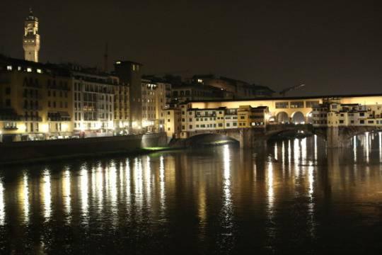 Firenze: sesso in strada la notte, i residenti protestano