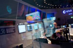 Sala di controllo dell'Agenzia Spaziale Europea (BORIS ROESSLER/AFP/Getty Images)