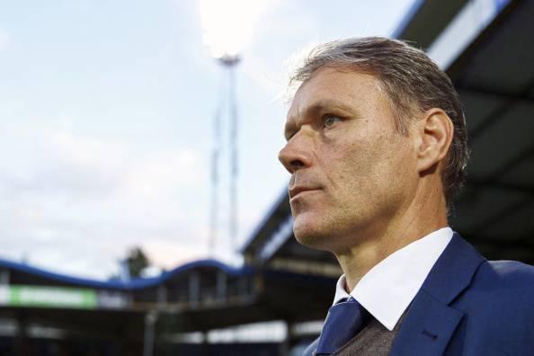 Calcio, problemi al cuore per Marco Van Basten: lascia la panchina dell'Az Alkmaar