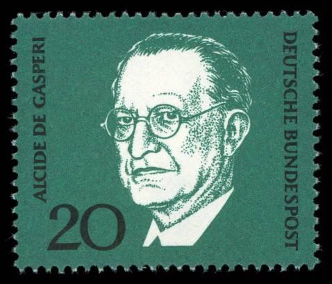 Un vecchio francobollo ricorda De Gasperi (foto pubblico dominio)