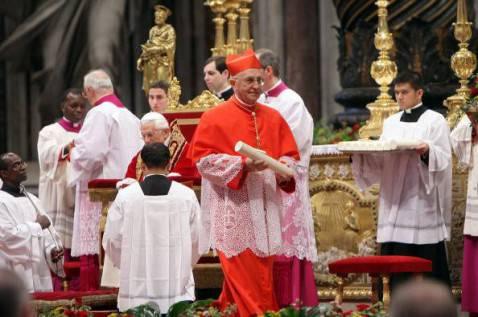 Il cardinale FIloni (Franco Origlia/Getty Images)