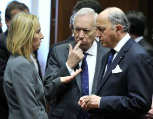 Ministri degli esteri italiano, francese e spagnolo: Federica Mogherini, Laurent Fabius e Jose Manuel Garcia Margallo (Getty images)