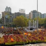 Barcellona: centinaia di migliaia in piazza per l'indipendenza della Catalogna