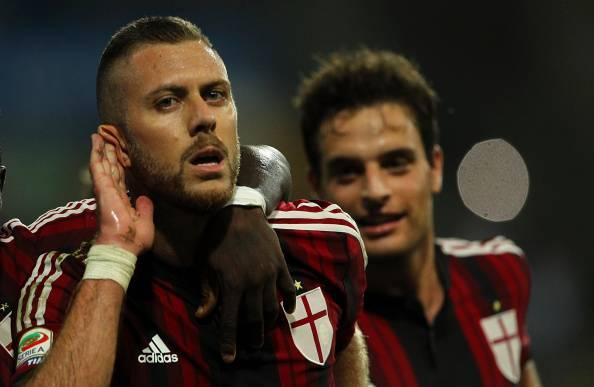 Il Milan vince con un doppio Menez: 2-0 all'Udinese