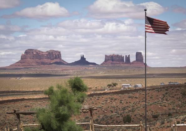 Usa: Governo risarcirà 554 milioni di dollari alla tribù dei Navajo