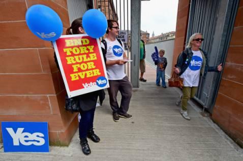 Scozia, sostenitori dell'indipendenza (foto Jeff J Mitchell/Getty Images)