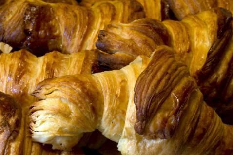 Sammontana: possibili filamenti metallici nei croissant, richiamo per non conformità