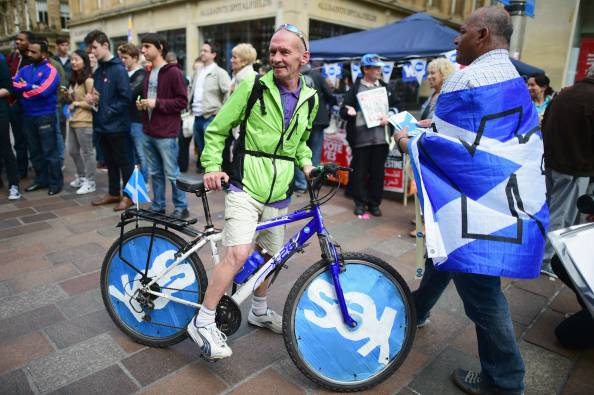 """Scozia, rush finale referendum indipendenza: il """"no"""" vince negli ultimi sondaggi"""