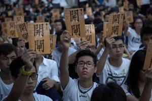 Studenti ad Hong Kong (Getty images)
