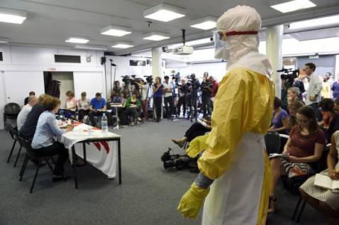 Medici senza frontiere contro Ebola (ERIC FEFERBERG/AFP/Getty Images)