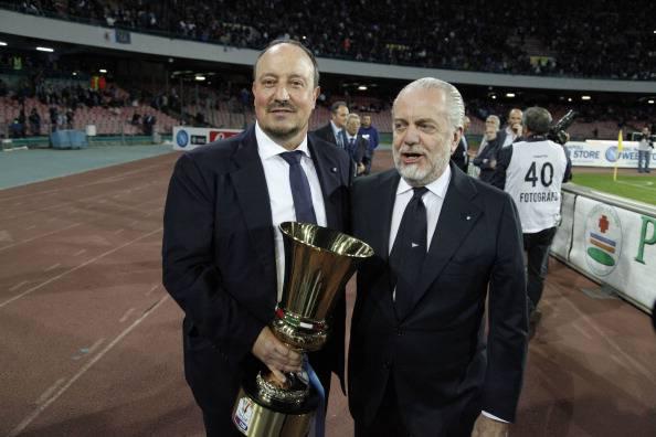 Rafael Benitez e  Aurelio De Laurentiis (Photo credit should read CARLO HERMANN/AFP/Getty Images)