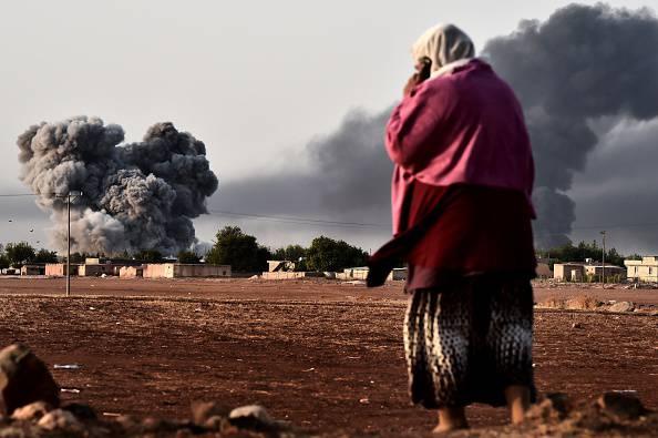 Resistenza curda a Kobane: primo raid Usa nella città
