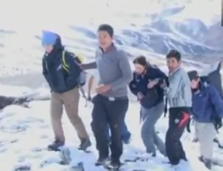 Nepal, tempesta di neve: 32 vittime. Evacuazione trekker italiani in corso