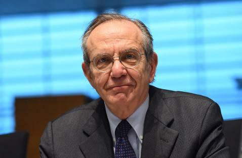 Il Ministro delle Finanze Pier Carlo Padoan (EMMANUEL DUNAND/AFP/Getty Images)