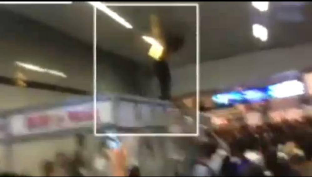 India, studenti africani picchiati nell'indifferenza (VIDEO)