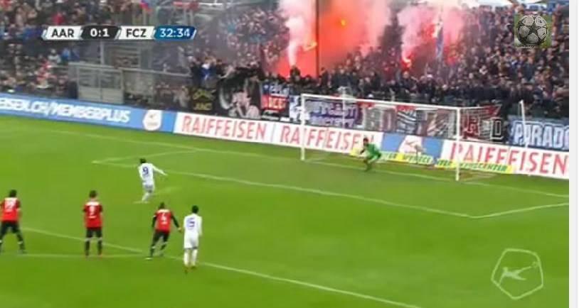 Calcio, un rigore, tre occasioni, zero gol: l'incredibile penalty in Svizzera VIDEO