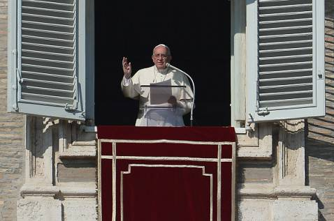 Papa Francesco all'Angelus (VINCENZO PINTO/AFP/Getty Images)