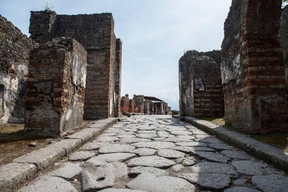 """Pompei, protesta dipendenti: turisti a digiuno di cultura. Francheschini: """"Danno incalcolabile"""""""