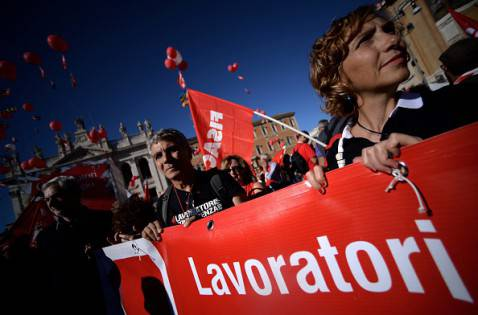 Proteste Cgil a Roma (FILIPPO MONTEFORTE/AFP/Getty Images)