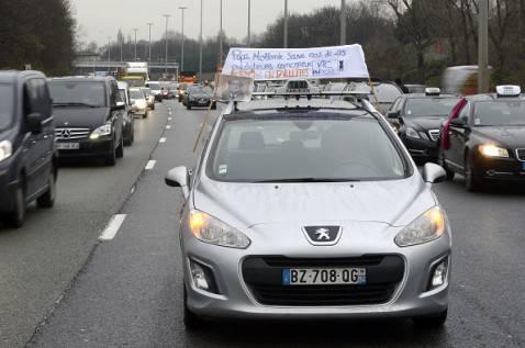 Protesta contro Uber (LIONEL BONAVENTURE/AFP/Getty Images)