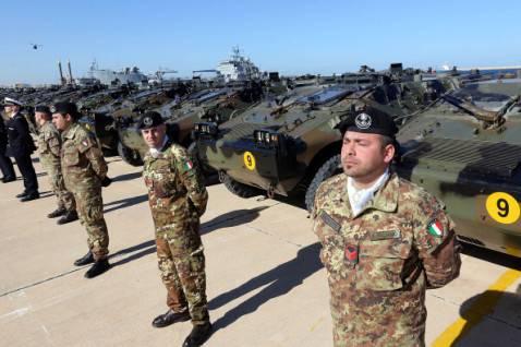 Esercito italiano (MAHMUD TURKIA/AFP/Getty Images)