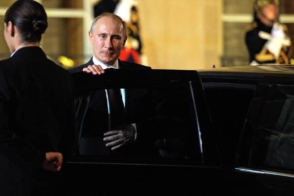 Risposta di Putin alle sanzioni Ue: accordo con l'India sul nucleare