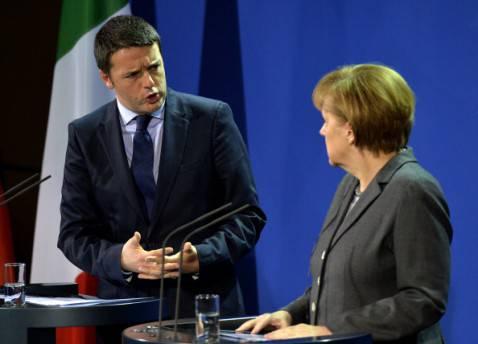 Matteo Renzi ed Angela Merkel (ODD ANDERSEN/AFP/Getty Images)