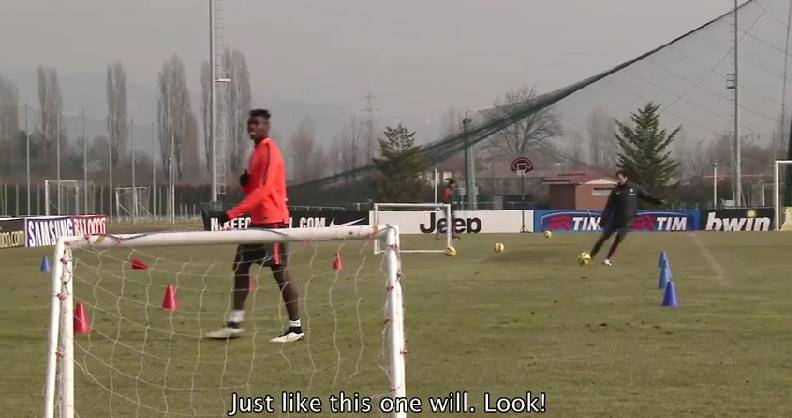 Juventus, Allegri sfida Pogba nei tiri e lo sfotte… VIDEO