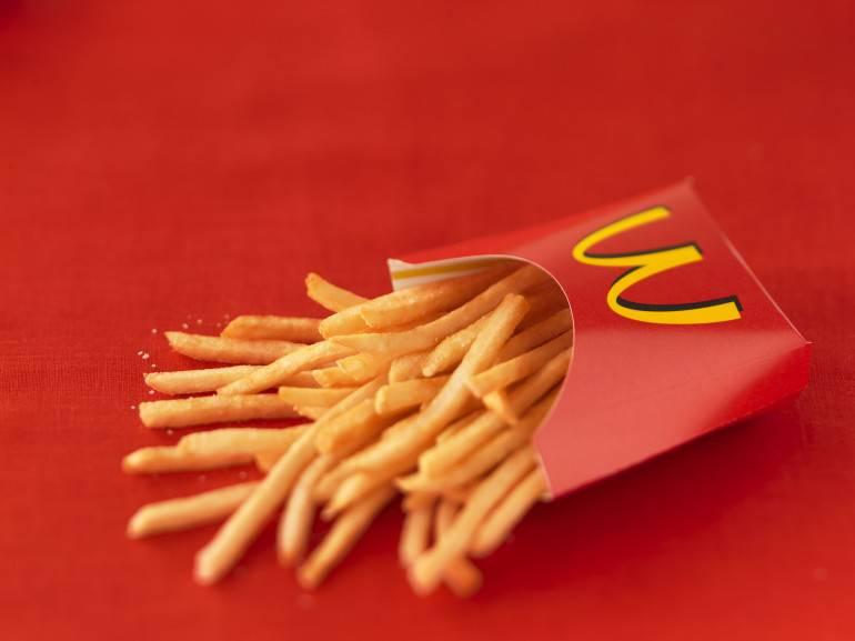 """Le patatine di Mcdonald's: un reportage svela cosa contengono"""""""