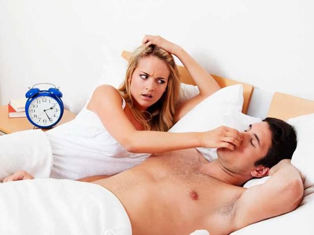 Smettere di russare? Ecco come! Il segreto in un succo