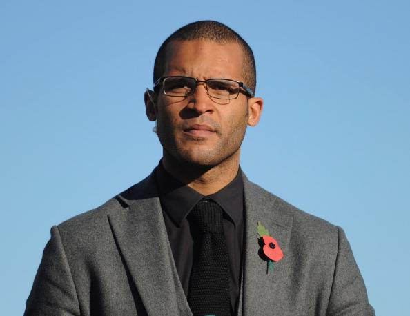 Calcio, ex giocatore inglese tenta il suicidio