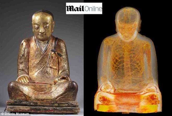 Un monaco che medita da 1000 anni: un corpo umano dentro la statua del Buddha -FOTO