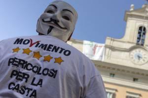 Protesta 5 Stelle fuori da Montecitorio (ANDREAS SOLARO/AFP/Getty Images)