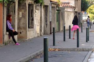 Prostituzione (Photo credit should read REMY GABALDA/AFP/Getty Images)