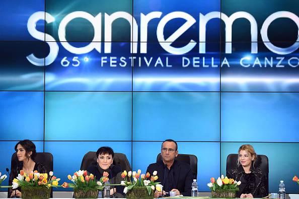Sanremo 2015: standing ovation per Tiziano Ferro (Fotogallery)
