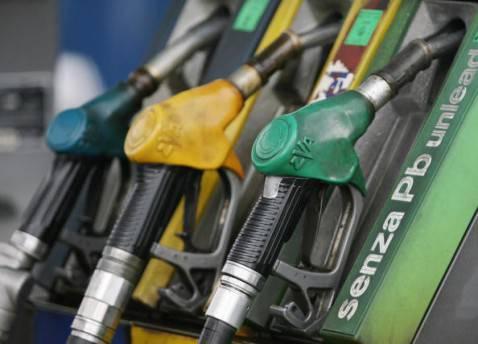 Distributore di carburanti (MARIO LAPORTA/AFP/Getty Images)