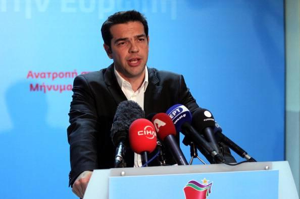 L'Ue boccia la Grecia. Ma si parla di referendum