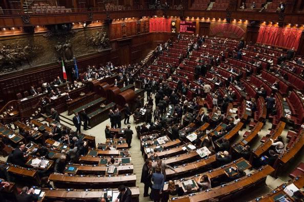 La corruzione spacca la maggioranza for Parlamento camera dei deputati