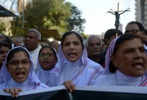 Cristiani Medio Oriente Iraq Pakistan Isis