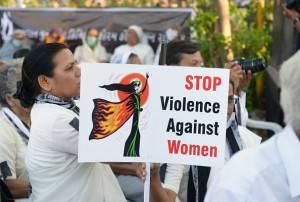 India Violenza sessuale stupro ragazzine